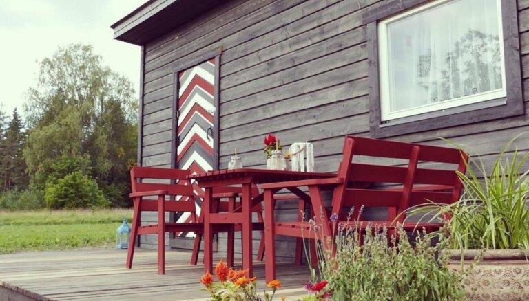 ФОТО. Жительница Эстонии построила дом всего за 2000 евро