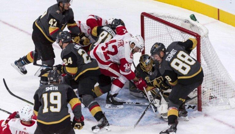 NHL jaunpienācēja 'Golden Knights' piedzīvo pirmo zaudējumu šosezon