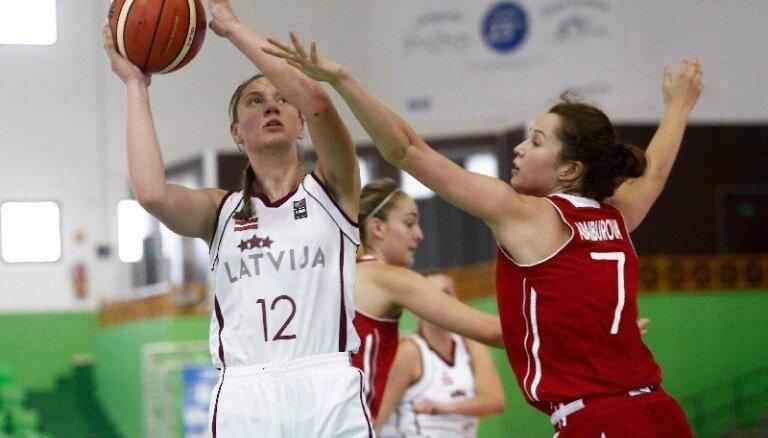 Latvijas U-20 basketbolistes piedzīvo sagrāvi pret Turciju un cīnīsies par 11. vietu EČ