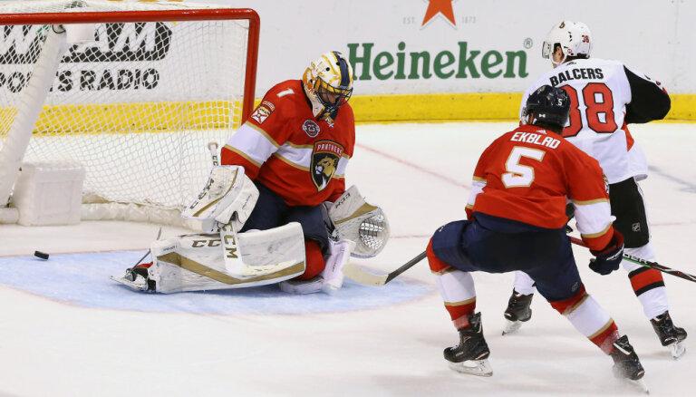 """Балцерс забросил победную шайбу за """"Оттаву"""" и стал первой звездой матча в НХЛ"""