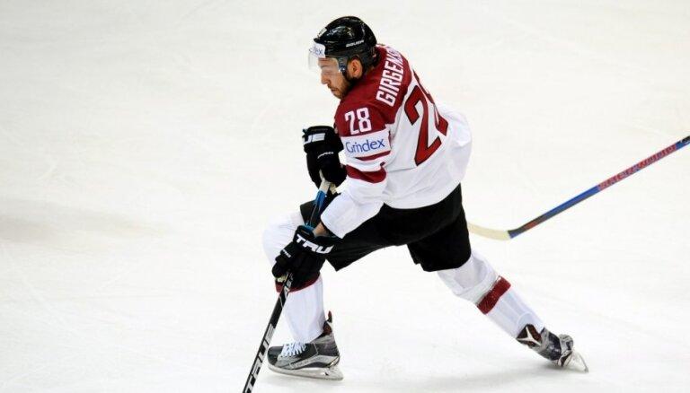 'Hat Trick' pirmā raidījuma viesis – Zemgus Girgensons. Uzdod savu jautājumu hokejistam!