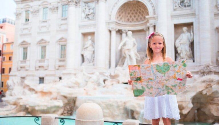 Доспехи не носить, на лестницах не сидеть: за что штрафуют туристов в Италии