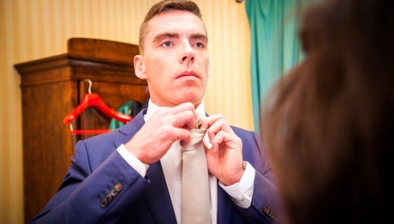 Precību šova skaistulis Ulvis uzsācis attiecības un gatavs arī kāzām