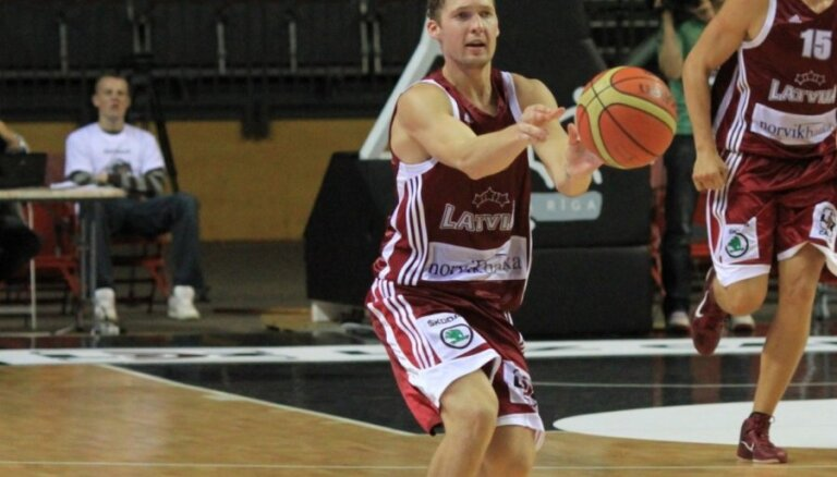 Ukrainas nemieros iejauktie latviešu basketbolisti nejūtas apdraudēti