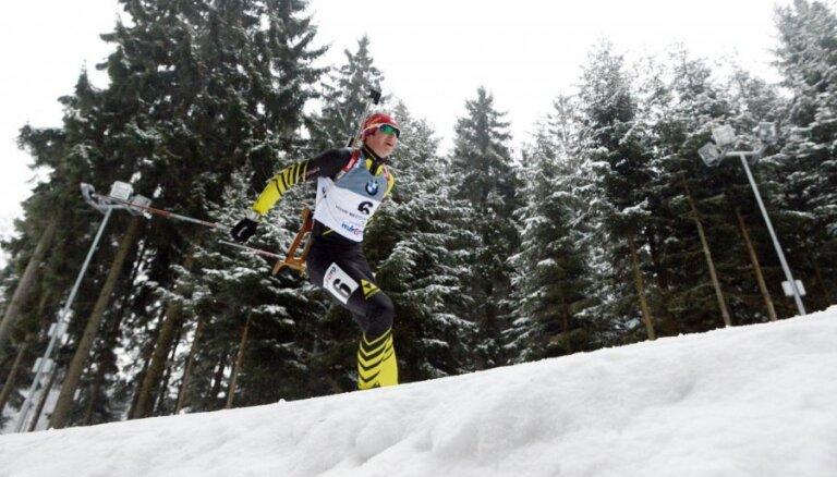 Kopā ar Rastorgujevu pirmajos PK posmos biatlonā startēs Lūsa, Slotiņš un Pužulis