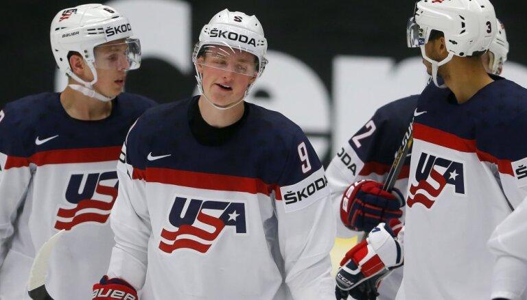 ASV nosauc pirmos 17 hokejistus pasaules čempionātam