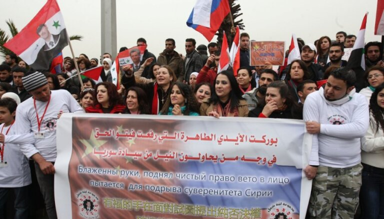 Politologi: Sīrijas nemieri tuvākajā laikā nerimsies un tiem var būt globālas sekas
