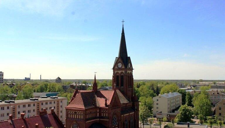 Foto: Jelgavas panorāma no pilsētas torņu augstumiem