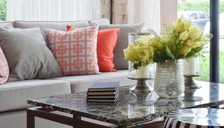 Skaisti un aktuāli: kā interjerā iekļaut marmora akcentus