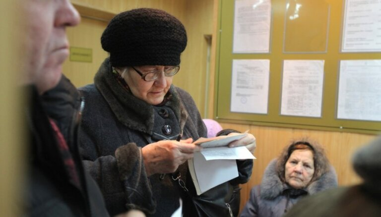 В Сейме предложили отдельным группам компенсировать доставку пенсий