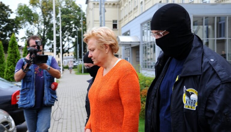 Rīgas Dzīvokļu pārvaldes lieta: apcietina Stabiņu