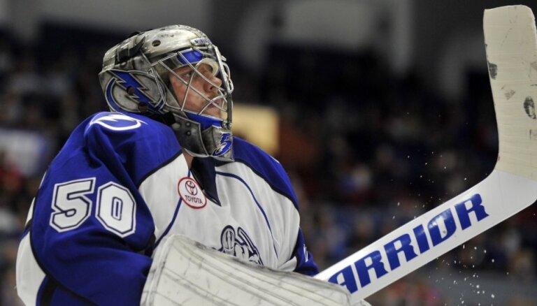 'Lightning' grūtā brīdī atkal izsauc Gudļevski; pēc dažām stundām aizsūta atpakaļ uz AHL