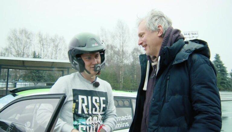 Video: 'Zebra' ar 'Škoda Fabia R5' sacenšas ar Nitišu Biķernieku trasē