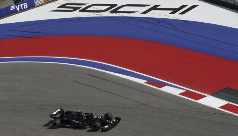 Botass Soču trasē ātrākais pirmajās divās treniņu sesijās