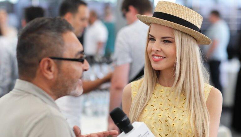 Foto: Ar zvaigžņotu preses konferenci Jūrmalā sākas Vaikules festivāls