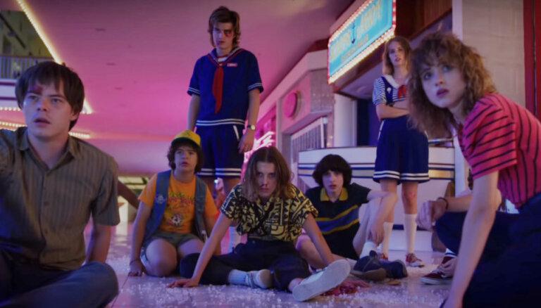 Interneta hits: Pirmais ieskats seriāla 'Stranger Things' trešajā sezonā