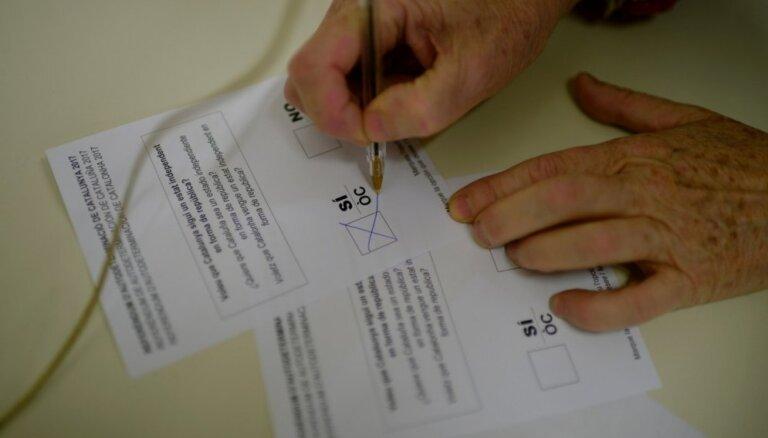 Jaunkaledonijā ar 'vēsturiski lielu balsotāju aktivitāti' beidzies neatkarības referendums
