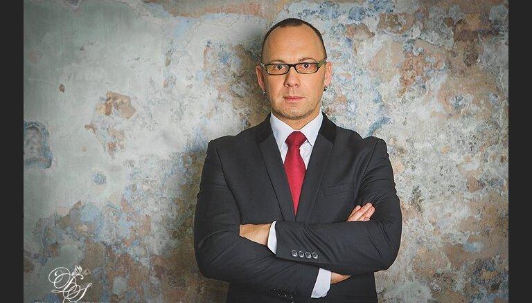 """Режиссер Олег Шапошников: """"Страшно, когда законы пишут под короля одетого, а он — голый!"""""""