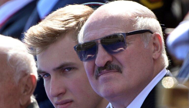 Давить на окружение. Евросоюз готовит новые санкции для Беларуси