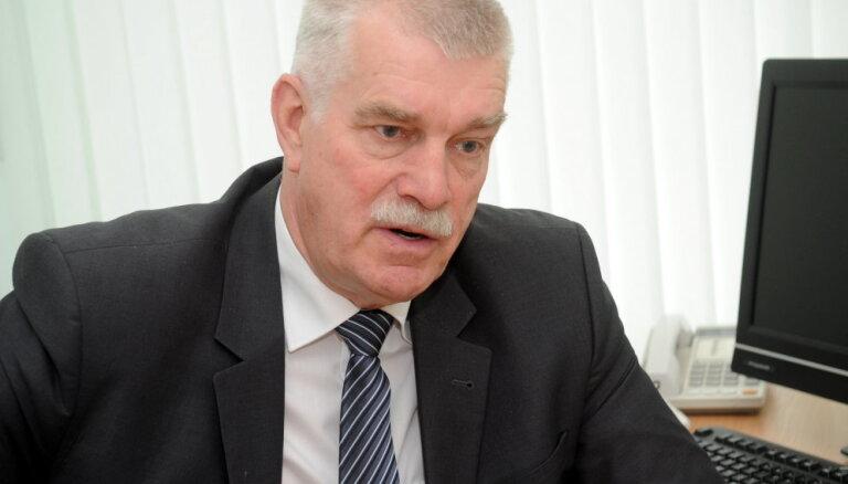 KNAB pārbaudīs Saeimas deputāta rīcību, reklamējot 'Norvik bankas' pakalpojumus
