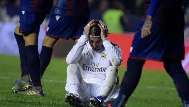 Eiropas Superlīgā paliek vien Spānijas grandi - Madrides 'Real' un 'Barcelona'