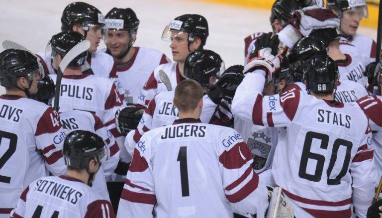 Krievijas hokejistu uzvara saglabā Latvijai vietu elitē