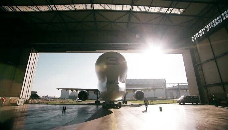 ФОТО, ВИДЕО: Самолет Airbus Beluga XL совершил первый полет