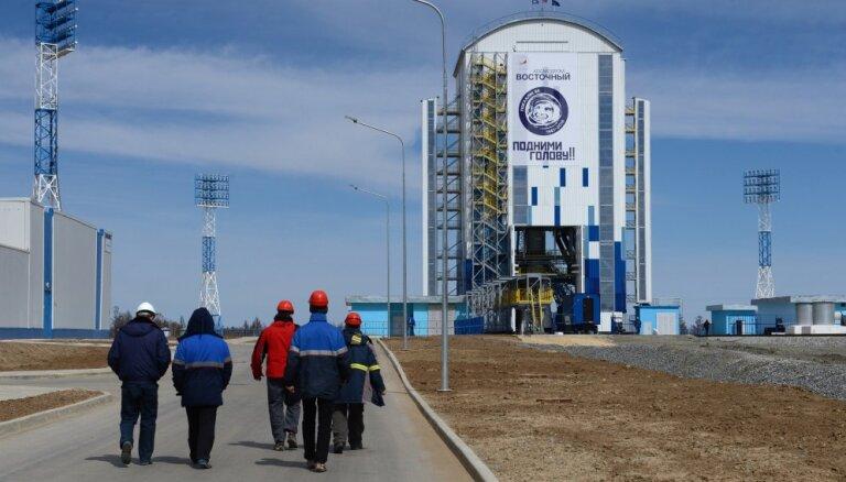 """Роскосмос: Восточный и """"Союз"""" не имеют отношения к неудачному запуску спутника """"Метеор-М"""""""