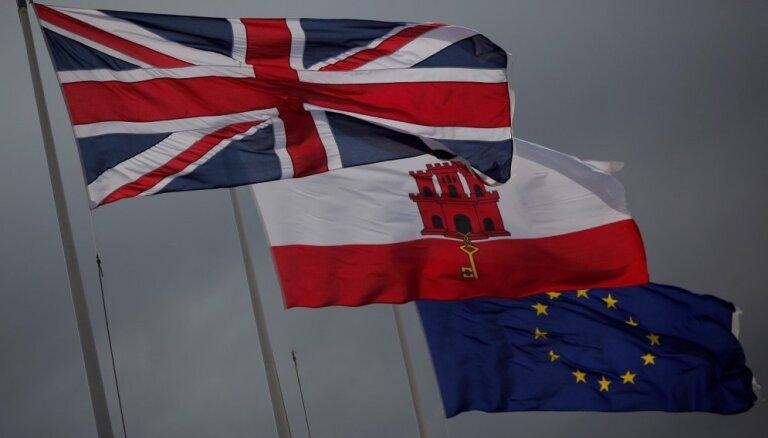Spānija Gibraltārā dēļ draud neatbalstīt 'Brexit' vienošanos