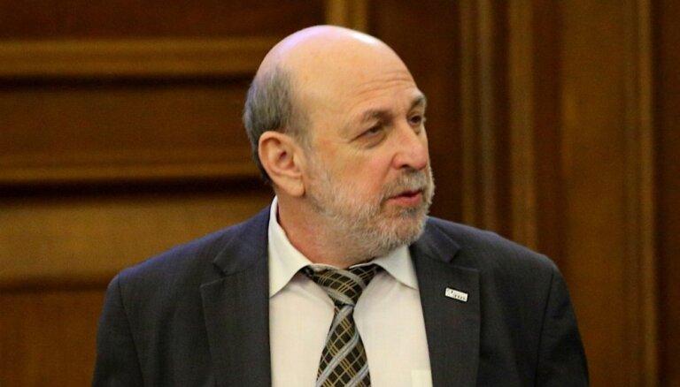Mamikina vietā pēc EP deputāta mandāta nolikšanas nāktu 'Saskaņas' deputāts Cilēvičs
