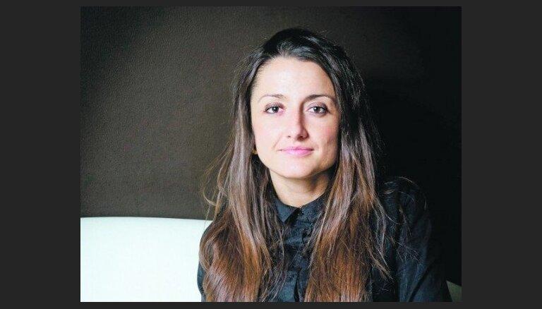 Teātra muzejā ar skatītājiem tiksies Laura Groza-Ķibere