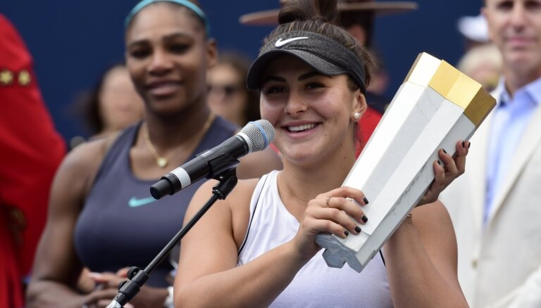 Deviņpadsmitgadīgā Andresku pēc Viljamsas izstāšanās no fināla bez cīņas iegūst Toronto WTA 'Premier' titulu
