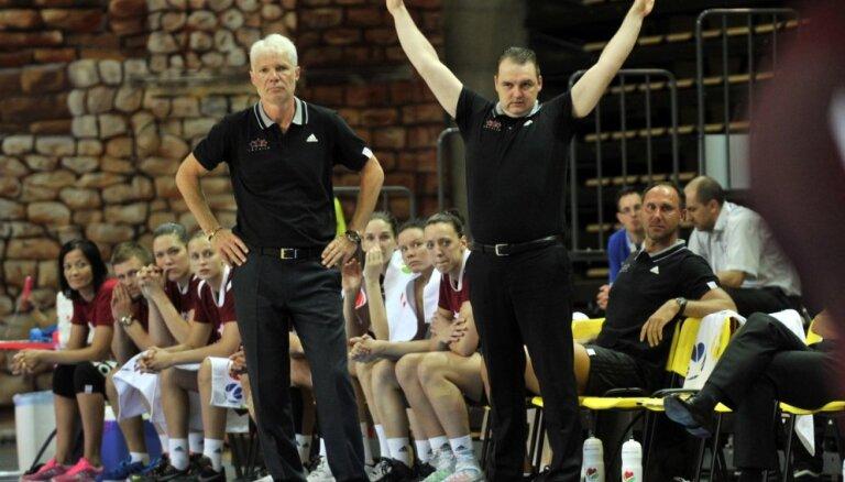 Latvijas sieviešu basketbola izlasi vadīs Zībarts