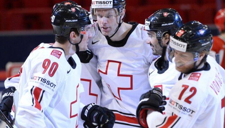 Šveice PČ grupu turnīru noslēdz bez zaudējumiem