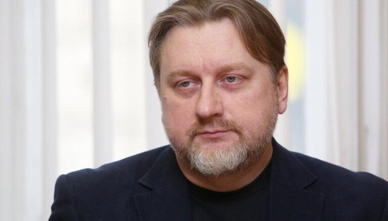 Ilmārs Šlāpins, 'Rīgas Laiks': Karmas policija
