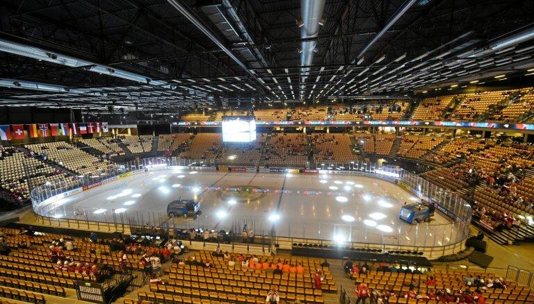 IIHF pasaules čempionāta pirmajā dienā maina pusfināla formātu