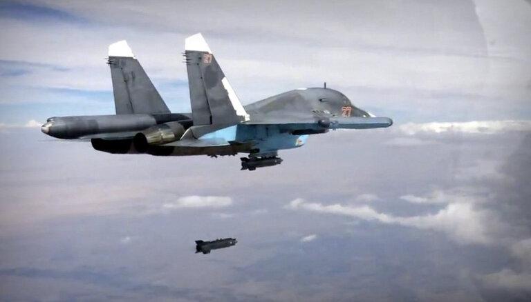 Krievijas Tālajos Austrumos saduras divi 'Su-34'