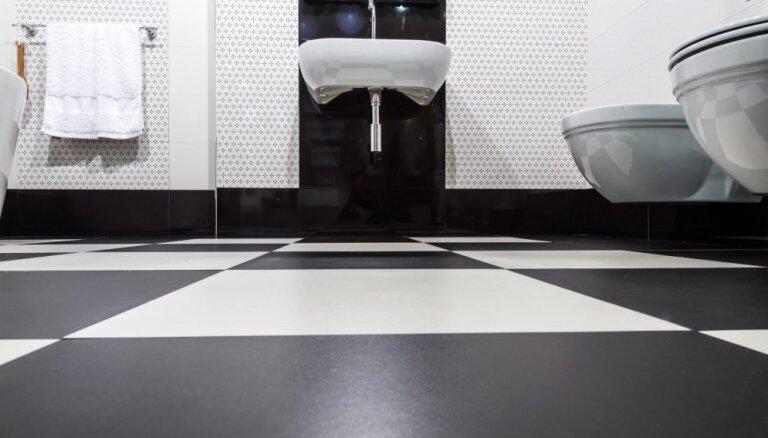 No koka līdz paklājiem – grīdas segumu dažādība vannasistabās