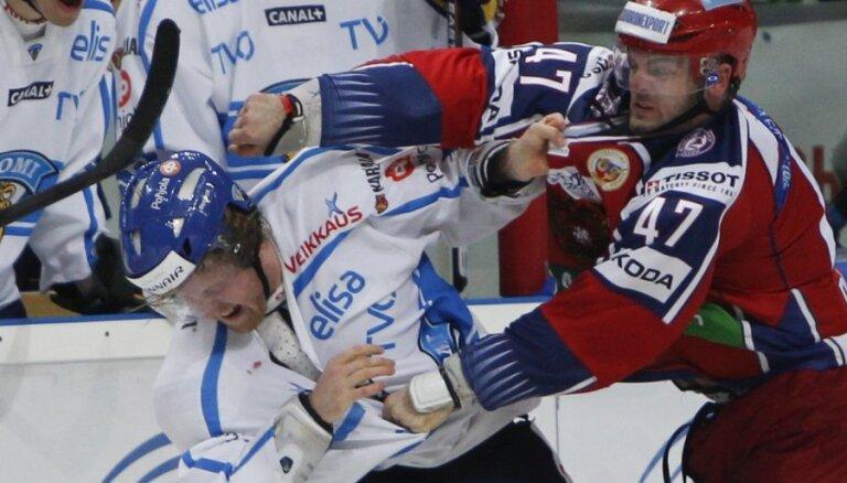 Сборная России выцарапала победу у финнов на старте Шведских игр