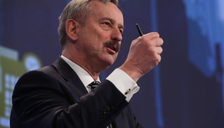 Бывший вице-президент ЕК: страны Балтии без Rail Baltica будут считаться пигмеями