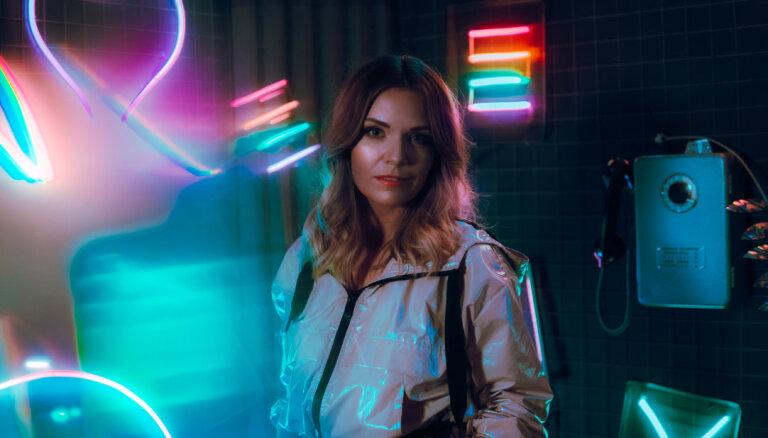 Noklausies! Dziedātāja MARTA izdod jaunu singlu 'Tu neesi viss'