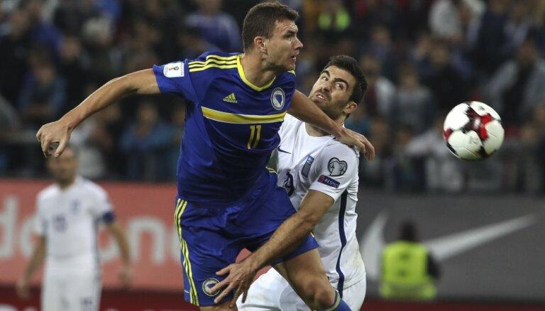 ВИДЕО: Боснийский форвард во время матча стянул трусы с соперника