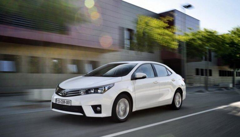 Названы самые популярные марки и модели новых автомобилей в Латвии