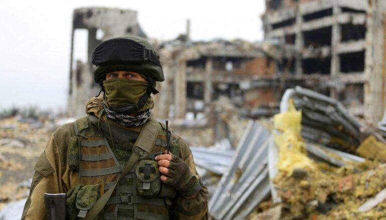 Krievijā militārpersonām dienestā aizliedz lietot viedtālruņus