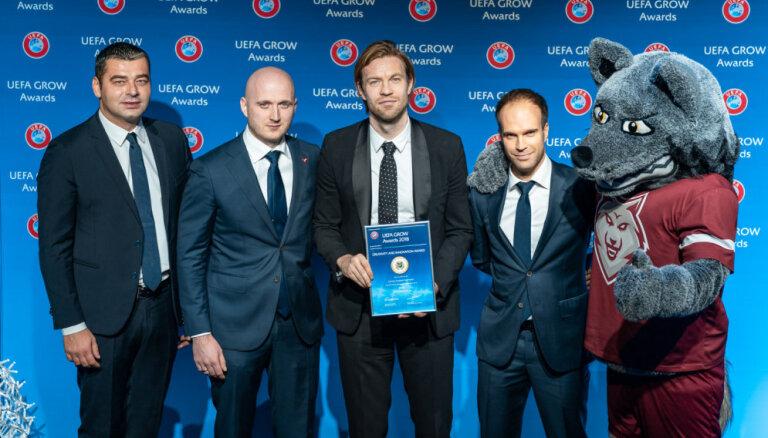 UEFA apbalvo Latvijas izlases jauno identitāti