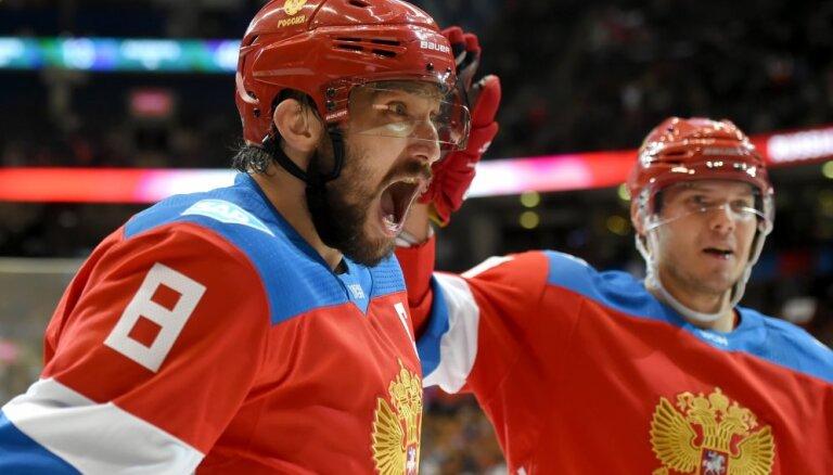 Овечкин и Кузнецов собираются ехать на Олимпиаду, Быков предостерегает