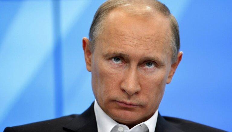 Kijevu varu ieņemt divu nedēļu laikā, pārliecināts Putins