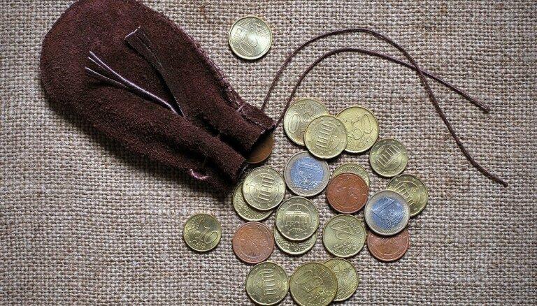 Pašnodarbinātie, kuri prognozē mazus ienākumus, varēs izvēlēties nemaksāt jaunās minimālās sociālās iemaksas