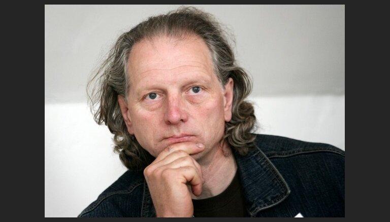 Dainis Īvāns: Es labi jūtos tikai Latvijā