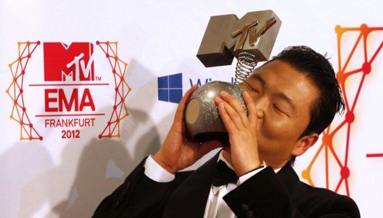 Pasniegtas MTV Eiropas mūzikas balvas